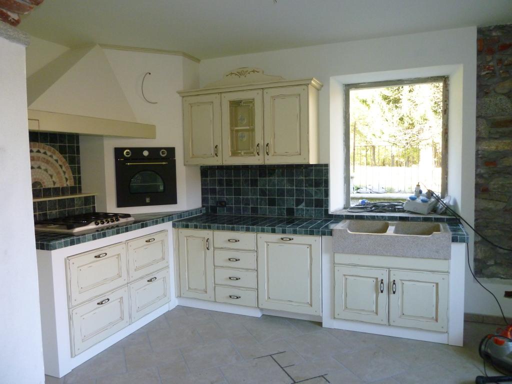 Categorie cucine in muratura centro cucine - Cucina in muratura country ...